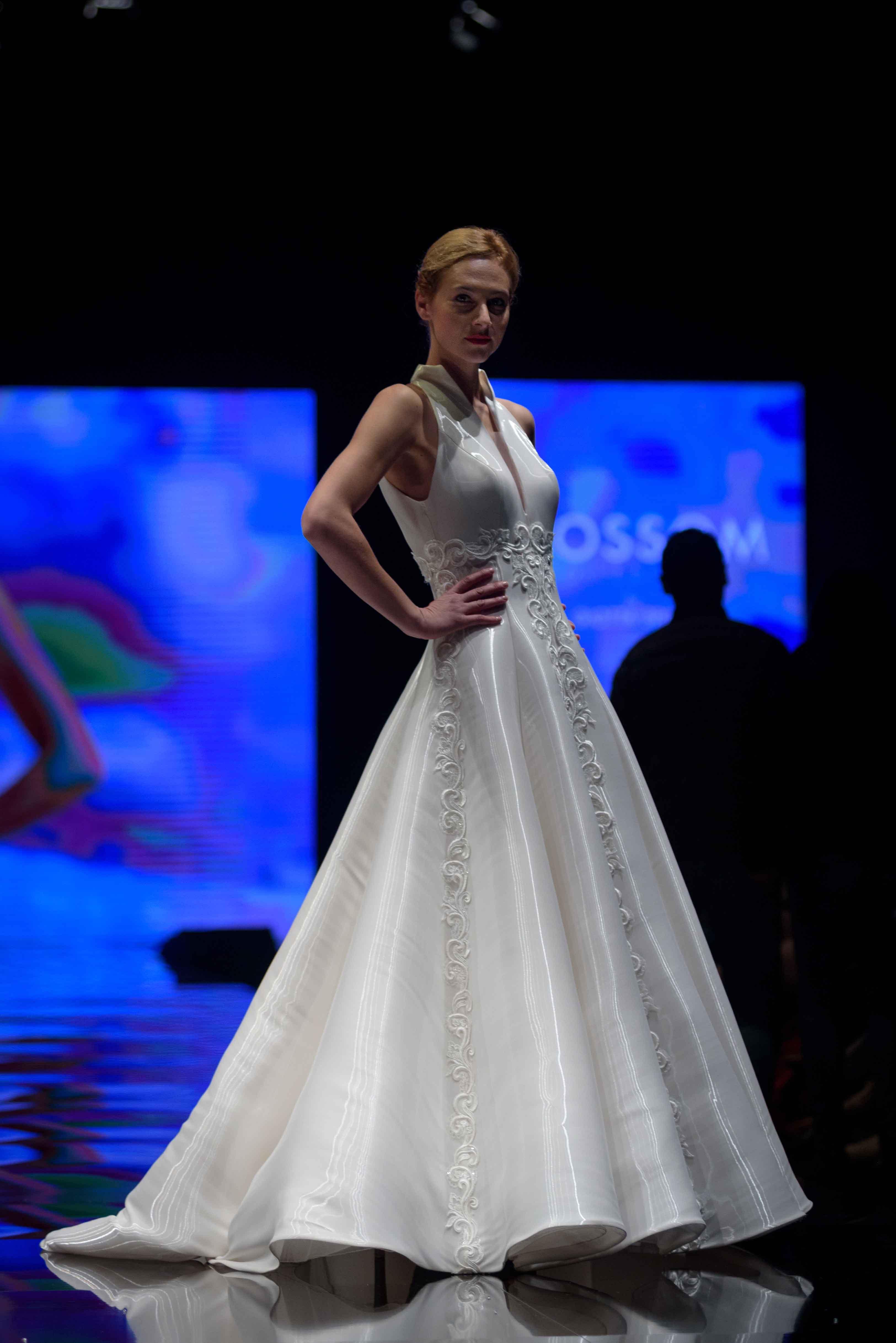 quality design 64bfe 83588 Puglia Fashion Show - Giotta Spose - Fiera Sposi Bari ...